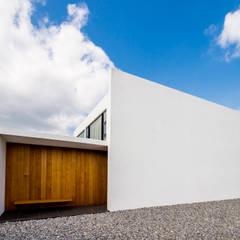 KKZ-house: 門一級建築士事務所が手掛けた家です。