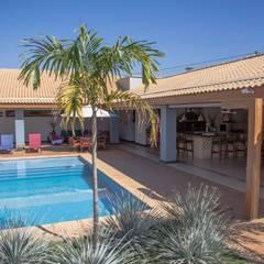 Chacara 1 Moderne Pools von Érica Pandolfo - arquitetura / interiores Modern