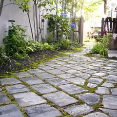 施行事例: 上村景観設計が手掛けた庭です。