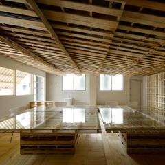 """蔀戸のパレット / """"palette"""" with flap shutters: 富永大毅建築都市計画事務所が手掛けたオフィススペース&店です。"""
