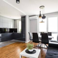 mieszkanie Warszawa, Praga: styl , w kategorii Salon zaprojektowany przez Kameleon - Kreatywne Studio Projektowania Wnętrz