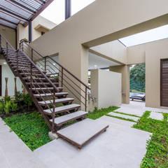 Casa Loma - Efecto Urdimbre: Jardines de estilo  por David Macias Arquitectura & Urbanismo