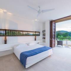 Casa Loma - Efecto Urdimbre: Habitaciones de estilo  por David Macias Arquitectura & Urbanismo