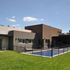 Casas de estilo  por Estudio Fernández+Mego, Minimalista