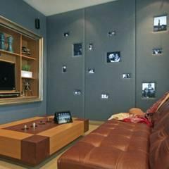 Refugio para la Pareja dentro de una Casa: Yates y jets de estilo moderno por Xime Russo Interiores