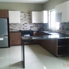 آشپزخانه توسطH-abitat Diseño & Interiores , مدرن سنگ
