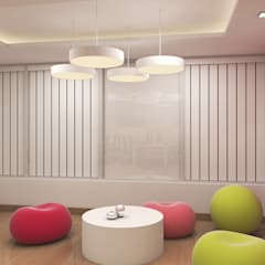 SOFTWARE OFFICE, PRESTIGE TOWERS, BANGALORE. (www.depanache.in):  Walls by De Panache  - Interior Architects
