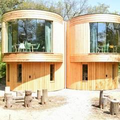 Logiesaccommodaties op camping Geversduin:  Hotels door Atelier09