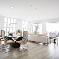 Casa de playa Ancon: Comedores de estilo  por Carughi Studio