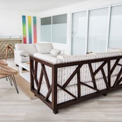Diseño de sofa: Terrazas de estilo  por Carughi Studio