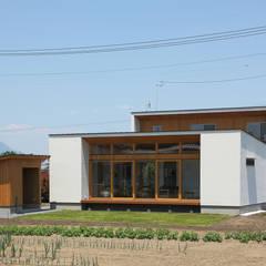 柴崎町のコートハウス: ATELIER Nが手掛けた家です。