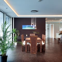 asian Dining room by Klaus Geyer Elektrotechnik
