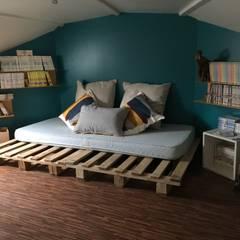 Dormitorios de estilo  por Alexa Cavellec