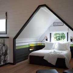 Landelijke woning MiCasa:  Slaapkamer door Brand BBA I BBA Architecten,