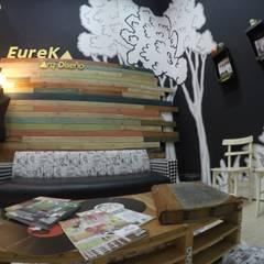 Espacio de reunión: Oficinas y Tiendas de estilo  por Anabela Tuninetti - Deco & Vanguardia