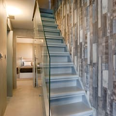 Casa de Praia Corredores, halls e escadas industriais por Santiago | Interior Design Studio Industrial