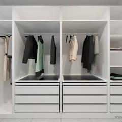 DOM – OLKUSZ, SŁONECZNA – WIZUALIZACJA: styl , w kategorii Garderoba zaprojektowany przez MIRAI STUDIO