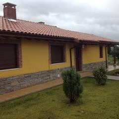 Casa una Planta (Asturias): Bodegas de estilo  de MODULAR HOME