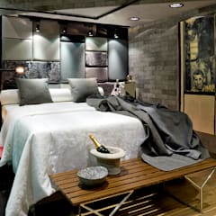 Bedroom by SAINZ arquitetura, Industrial Bricks