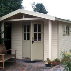 Garage/shed by Garden Affairs Ltd