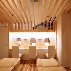 truck TENNOJI (美容室): ニュートラル建築設計事務所が手掛けた壁です。