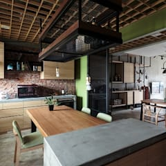 [HOME] Yu Chu Interior Design: KD Panels의  다이닝 룸