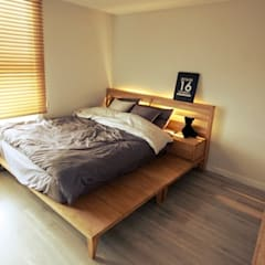 22평 복도식 모던 홈스타일링: homelatte의  침실