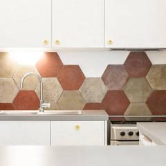 la cucina: Cucina in stile  di 23bassi studio di architettura