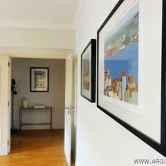 Casa Amélia Rey: Corredores e halls de entrada  por ARQAMA - Arquitetura e Design Lda