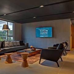 Canelos - RIMA Arquitectura: Salas de estilo  por RIMA Arquitectura