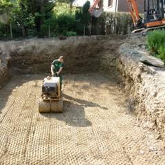 Erdarbeiten für den Stahlwandpool:  Garten von Hesselbach GmbH