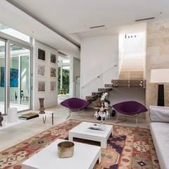ARQUITECTO URBANISTA: Pasillos y vestíbulos de estilo  por INVERSIONES NACSE S.A.S., Moderno