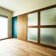 uf-R: &lodge inc. / 株式会社アンドロッジが手掛けた窓です。,ラスティック 木 木目調