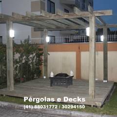 Pérgolas & Decks: Edifícios comerciais  por Xavier Hosken Engenharia