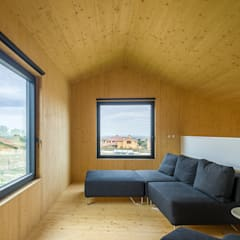 Casa2020: Salones de estilo moderno de MapOut
