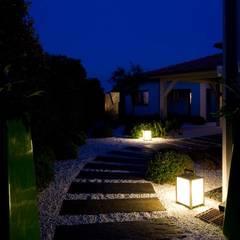 Aussenanlage in Saint Tropez - Côte d´Azur:  Garten von Paul Marie Creation