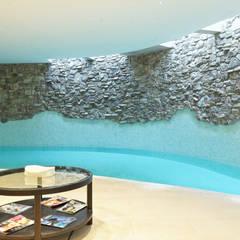Spa de estilo  por Mondial Marmi SRL