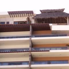 Edificios: Ventanas de estilo  por Ventanas SI Puertas