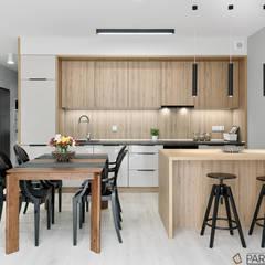 Mieszkanie pokazowe: styl , w kategorii Kuchnia zaprojektowany przez Q2Design,Nowoczesny