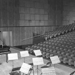 Filharmonia w Kielcach: styl , w kategorii Miejsca na imprezy zaprojektowany przez PA FORMAT