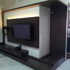 Residential interiors: modern Media room by Ingenious