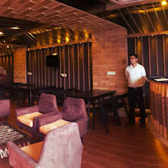 Restaurant: rustic Dining room by Ingenious