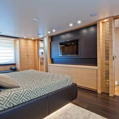 Yachts & jets by Mondial Marmi SRL,