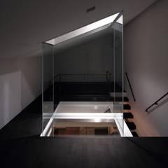 武庫之荘の家: 藤原・室 建築設計事務所が手掛けた寝室です。