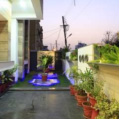 SADHWANI BUNGALOW: modern Garden by Square 9 Designs