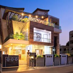 SADHWANI BUNGALOW:  Houses by Square 9 Designs