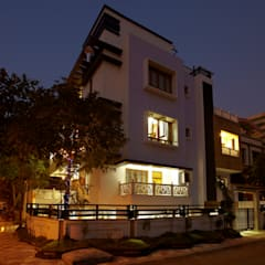 Mr Sudhakar Kakde' s Resideence:  Houses by M B M architects