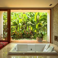 Casa Primavera: Spas modernos por Stemmer Rodrigues