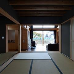 安島の新屋: 丸山晴之建築事務所が手掛けた和室です。