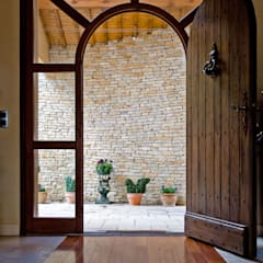 Wooden doors by Pierre Bernard Création